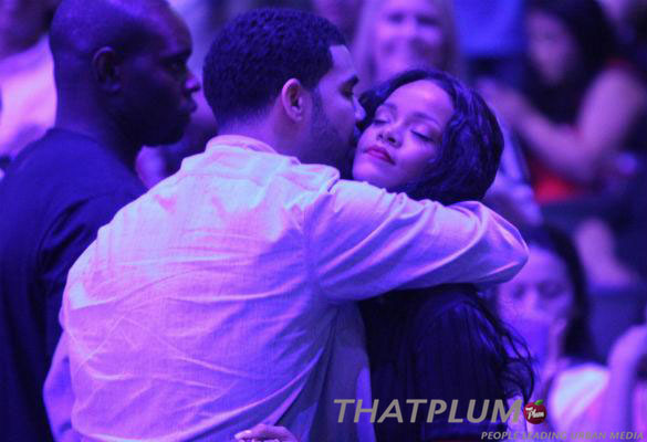 drake-rihanna-la-clippers-game-thatplum