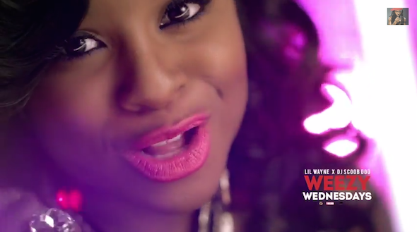 reginae-mind-going-crazy-video-thatplum