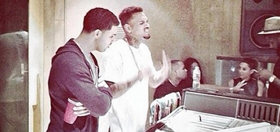 drake-chrisbrown-dealy-duo-performance-thatplum