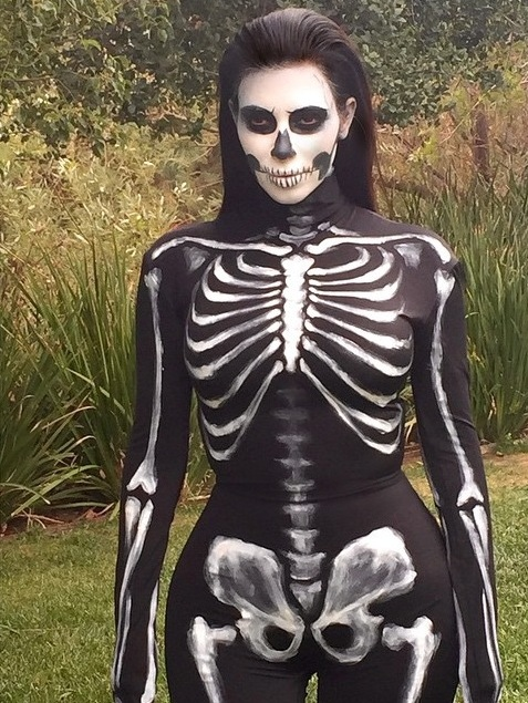 kim-kardashian-halloween-costume-2014-thatplum